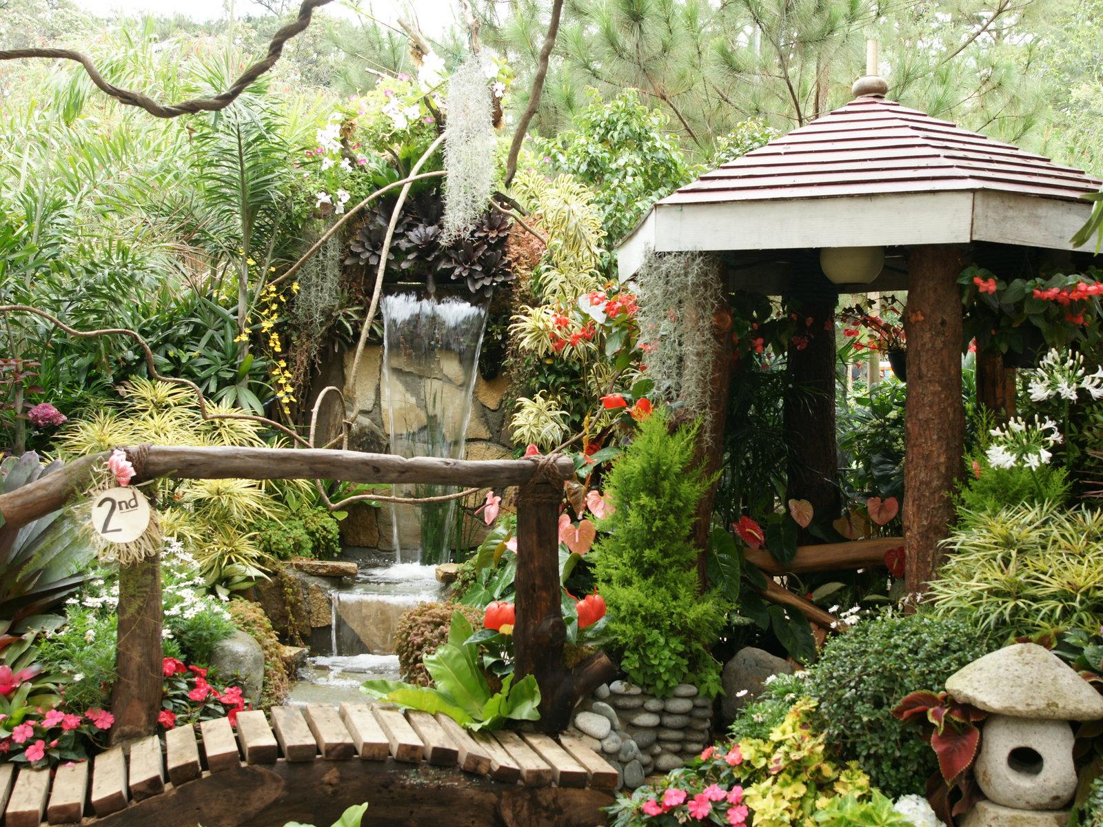 Pantalla jardin de flores blancas hd widescreen gratis for Fotos de jardines